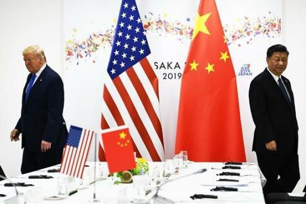 Presiden China Xi Jinping dan Presiden AS Donald Trump menghadiri pertemuan bilateral (Foto: AFP)