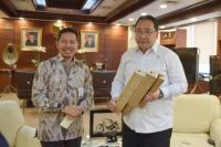 Konsep Rumah Hasil Riset Arsitek ITB Tuai Minat Mendes Eko