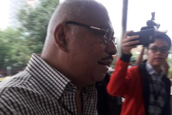 KPK Cegah Ketua Fraksi Golkar Mekeng ke Luar Negeri