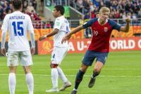 Dua Gol Haaland Antar Dortmund Bungkam PSG