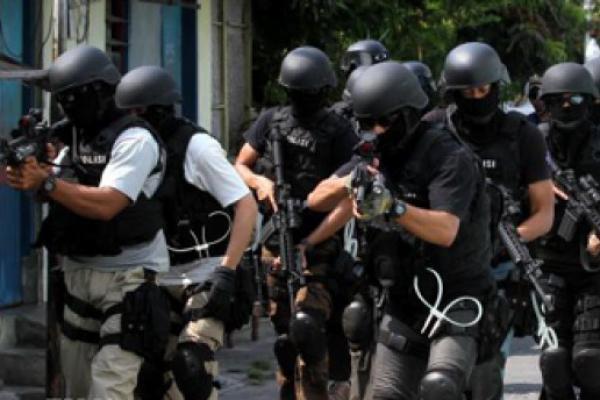 Polri Tangkap Istri Pemimpin Kelompok Mujahidin Indonesia Timur