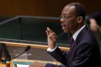 Pada 15 Oktober 1994, Presiden Haiti Jean-Bertrand Aristide kembali ke Haiti tiga tahun setelah didorong ke pengasingan oleh kudeta militer.