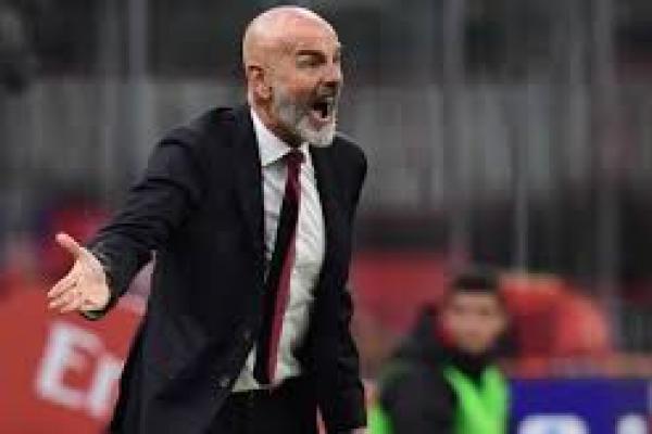 Pelatih Milan Tak Terima Hadiah Penalti Juventus