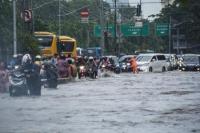 Jakarta Banjir, 154 Warga Mengungsi dan 92 RT Tergenang