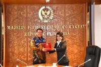 Ketua MPR RI saat menerima pengurus DPP KAI, di Ruang Kerja Ketua MPR RI, Jakarta, Kamis (27/2/20).