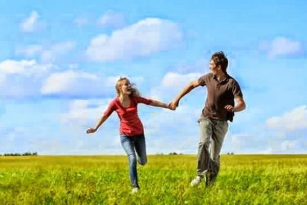 Lakukan Ini Agar Selalu Kompak Dengan Pasangan Hidup