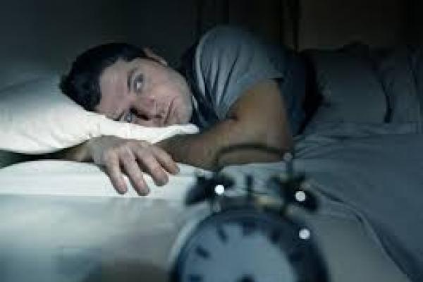 Waktu Tidur Lansia Lebih Singkat, Ini Alasannya