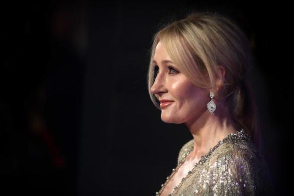 Hibur Anak-anak Saat Karantina, JK  Rowling Tulis Dongeng The Ickabog