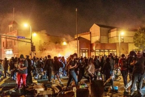 Unjuk Rasa di AS Makin Meluas, KBRI Washington Pastikan Keamanan WNI