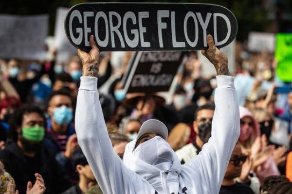 Unjuk Rasa Massal Ancam Gelombang  Kedua Corona Amerika Serikat