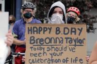 Demo Amerika Tuntut Kasus Polisi Tembak Mati Breonna Taylor