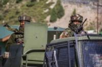 India Mobilisasi Tank Tempur ke Perbatasan China