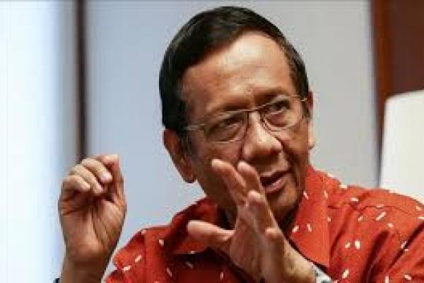 Mahfud Sebut Tim Pemburu Koruptor Tak Ambil Alih Tugas KPK