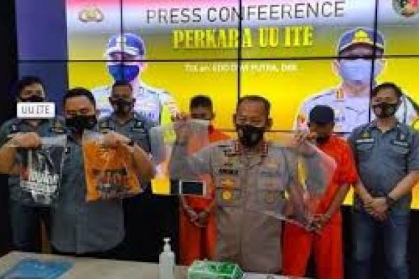Prank daging kurban isi sampah telah ditetapkan sebagai tersangka (Foto : nesiatimes)