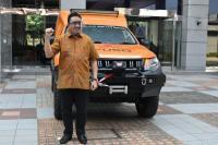 KTB menyerahkan Mobile Workshop Service ke salah satu diler di Kalimantan (KTB)