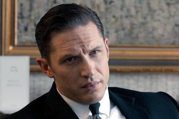 Tom Hardy Bakal Gantikan Daniel Craig?