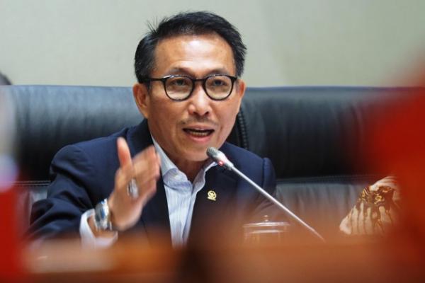 Demi Kebaikan, Ketua Komisi III DPR Persilahkan untuk Aktifkan Polisi Siber