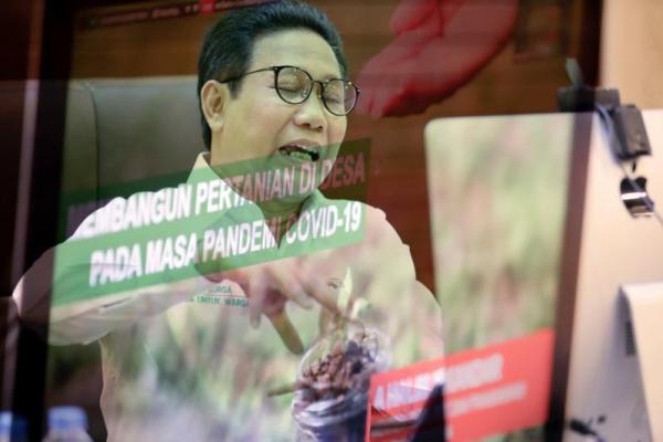 Menteri Desa, Pembangunan Daerah Tertinggal dan Transmigrasi, Abdul Halim Iskandar (Foto : Humas kemendes)