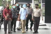KPK Jemput Paksa Mantan Petinggi PT Garuda Indonesia Hadinoto Soedigno