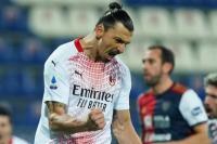 Penyerang AC Milan Zlatan Ibrahimovic menjadi bintang dengan dua golnya yang disarangkan kegawang Cagliari dalam lanjutan  Seri A Liga Italia pada selasa 19/1/2021