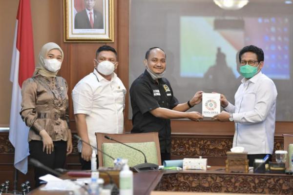 Lawatan Pimpinan DPD ke Kemendes PDTT. (Foto: Humas Kemendes PDTT)