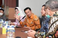Fadel Muhammad Dorong Industri Daerah Go Internasional