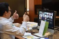 Menteri Desa, Pembangunan Daerah Tertinggal dan Transmigrasi, Abdul Halim Iskandar menjadi pembicara kunci dalam Webinar secara Virtual dengan tema Dana Desa di Era Pandemi Covid-19 pada Senin (8/3/2021). (Foto: Kemendes PDTT)