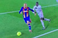 Martin Braithwaite dijatuhkan oleh Ferland Mendy di kotak penalti Real Madrid (Foto: Marca)
