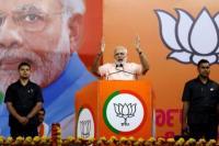 Kian Parah, Modi Minta Warganya Tingkatkan Upaya Perangi Covid-19