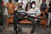 Gus Menteri Sebut Sepatu Lokal Kualitasnya Tak Kalah Dengan Produk Impor