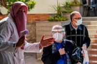 Tekan Angka Covid-19, Mal dan Restoran di Mesir Tutup Lebih Awal