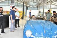 Bamsoet Pesan Mercedes-Benz Saat Kunjungan ke Tuksedo Kustom Studio Bali
