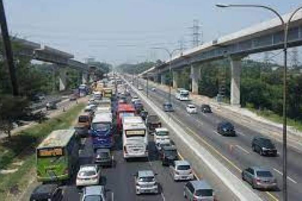 Mulai 7-12 Juni Ada Pekerjaan Pemeliharaan Jalan Tol Japek, Waspadai Kemacetan