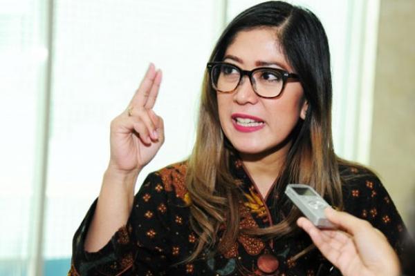 KPI Hentikan Sinetron Zahra, DPR Angkat Jempol