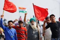 Ribuan Petani India Protes UU Pertanian, Ini Alasannya!
