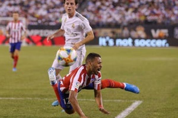 Bek kiri Atletico Madrid, Renan Lodi (foto: Sportmole)