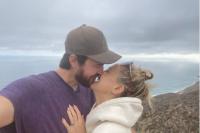 Aktris Kate Hudson Resmi Umumkan Pertunangannya dengan Sang Kekasih