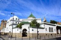 Sejak 2020, Hampir 30 Masjid di Prancis Ditutup