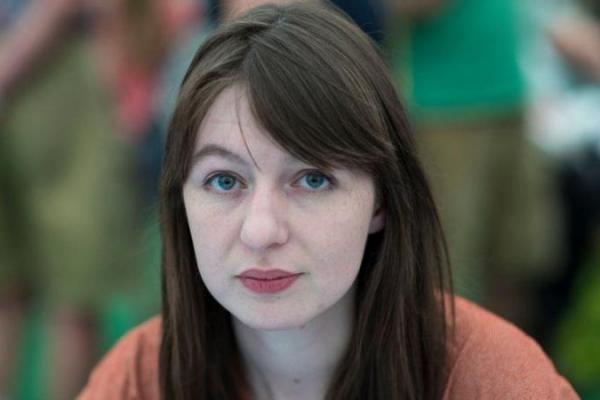Penulis Irlandia Sally Rooney Tolak Bukunya Diterjemahkan ke Bahasa Ibrani