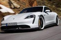 "Taycan Elektrik Ungguli Penjualan Porsche ""Sport"" Legendaris 911"