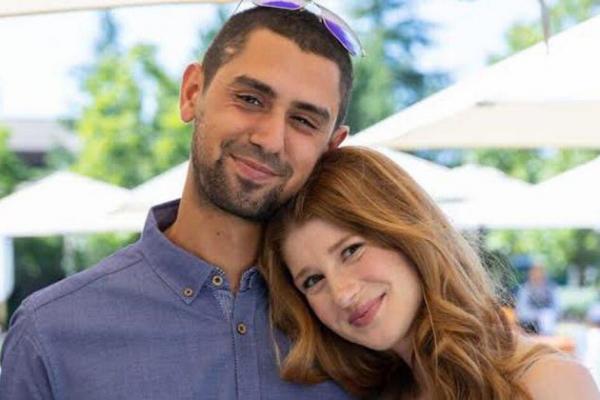 Pasangan Nayel Nassar dan Jennifer Gates. Foto: yahoo