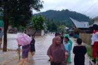 Hujan Tiga Jam, Mamuju Terendam Banjir