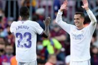 Lucas Vasquez dan Fenland Mendy sedang merayakan golnya bersama Real Madrid dalam El Clasico jilid 1 musim ini. (Foto: CNA)