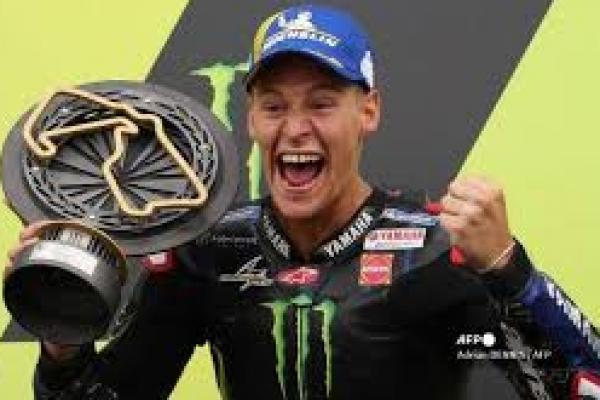 Pembalap Asal Perancis Fabio Quartararo  memenangi kejuaraan dunia MotoGP yang raihan poinnya tak terkejar lagi dengan dua balapan tersisa.(foto: AFP/ tribunnews.com)